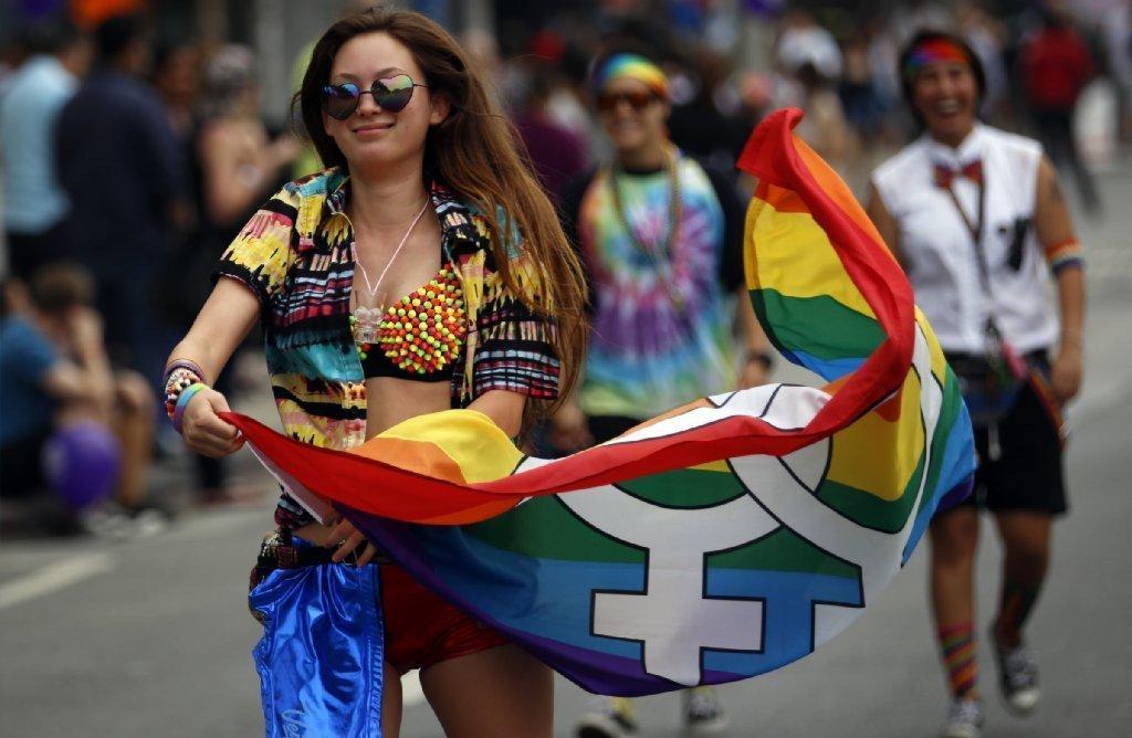 la-me-ln-la-pride-parade-20150614